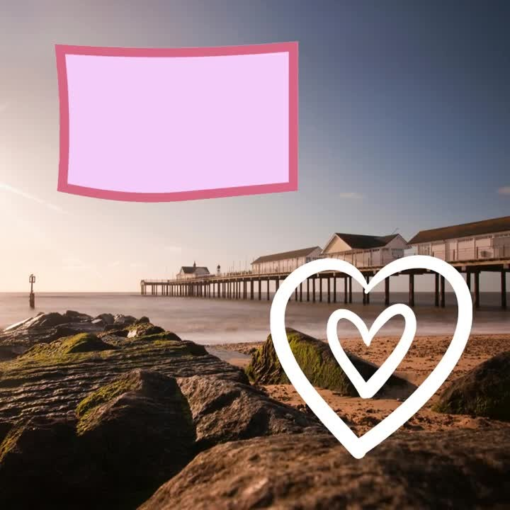 ~ HAPPY VALENTINE'S DAY ~⠀ Roses are red,⠀ Violets are blue,⠀ Southwold Pier⠀ Is the perfect place⠀ To have dinner for two!⠀ #southwold #suffolk #valentines