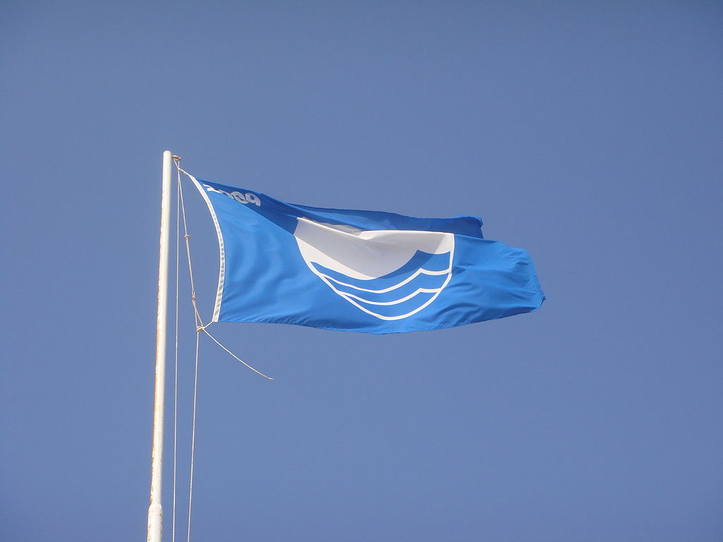 Southwold flies the Blue Flag