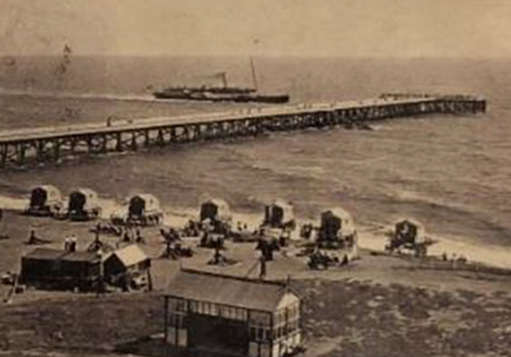 Old photo of Southwold Beach