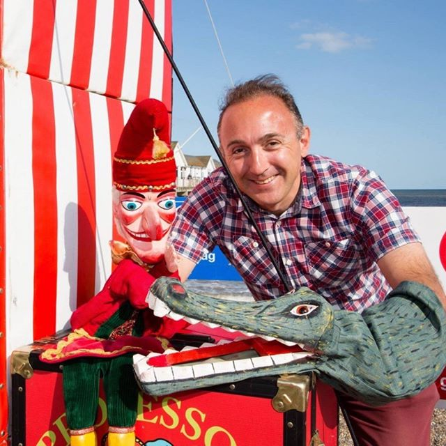 Look who's back at the #Pier this summer! Starting this Sunday (29th) #MrPunch et al will be here to entertain children of all ages, see our website for dates and times! #Thatsthewaytodoit #Familyfun #southwold #southwoldpier #suffolk #PunchandJudy #seasidefun #crocodile #sausages #traditionalseaside
