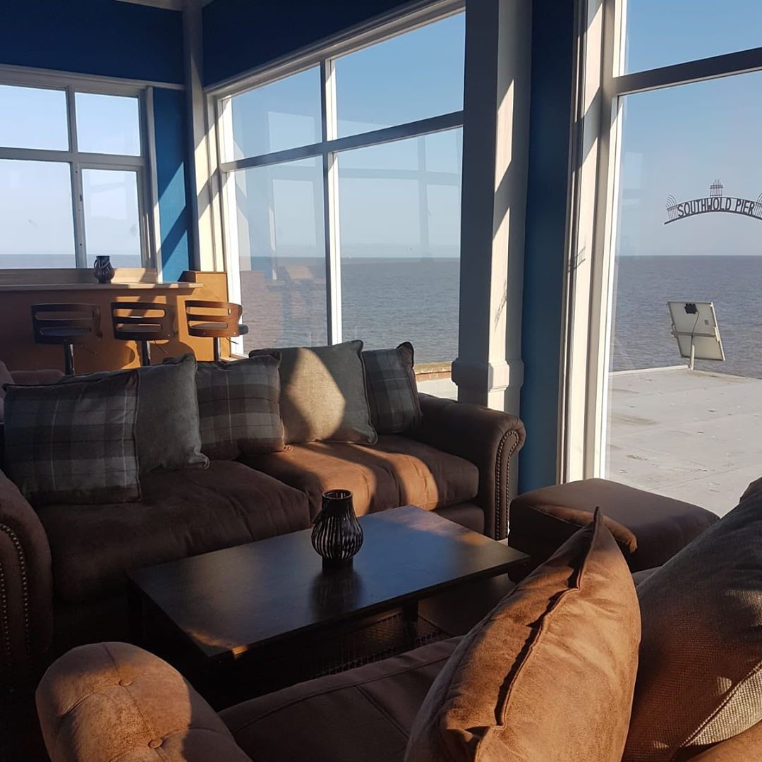 Need an excuse to kick start the weekend?? Come see us at Pier View #pierview #southwold #friyay #drinkswithaview #sunsout